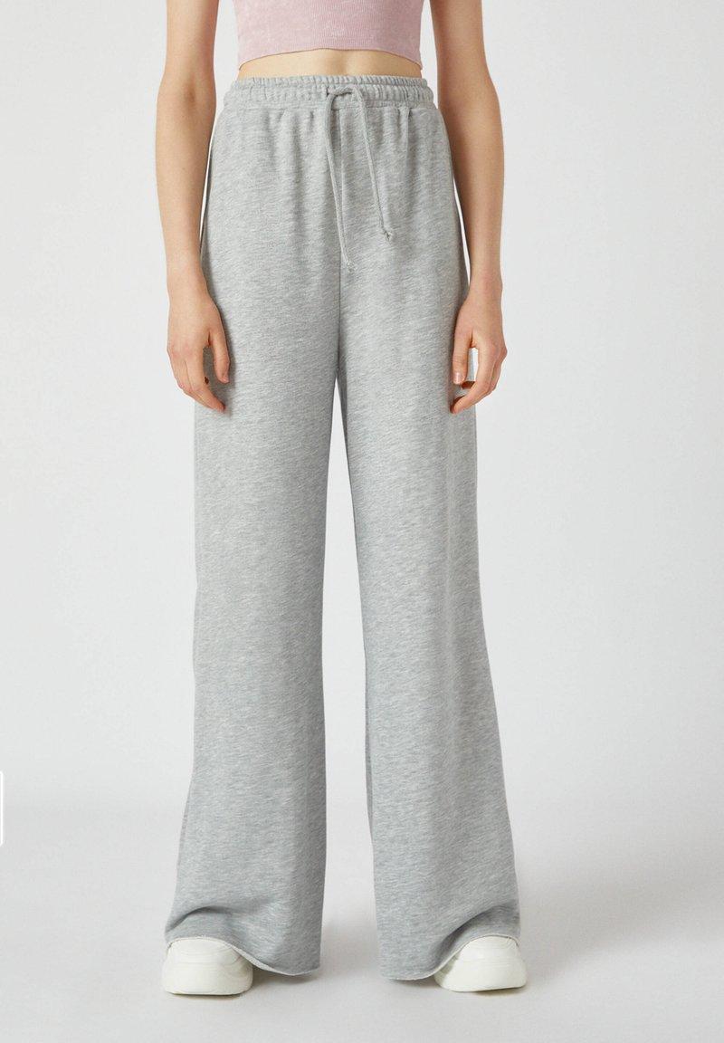 PULL&BEAR - Kalhoty - grey