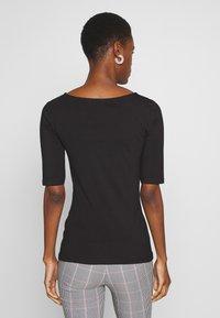 Anna Field Tall - Basic T-shirt - black - 2