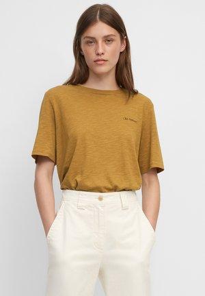 Print T-shirt - golden hour