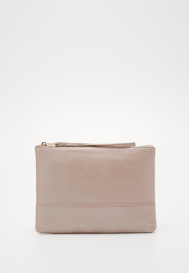 BLUSH STUD PANEL CLUTCH - Clutch - rose gold