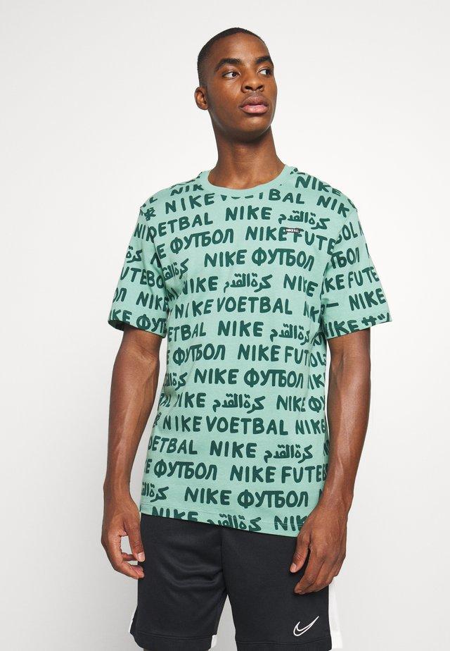 FC TEE SMALL BLOCK  - T-shirt imprimé - healing jade