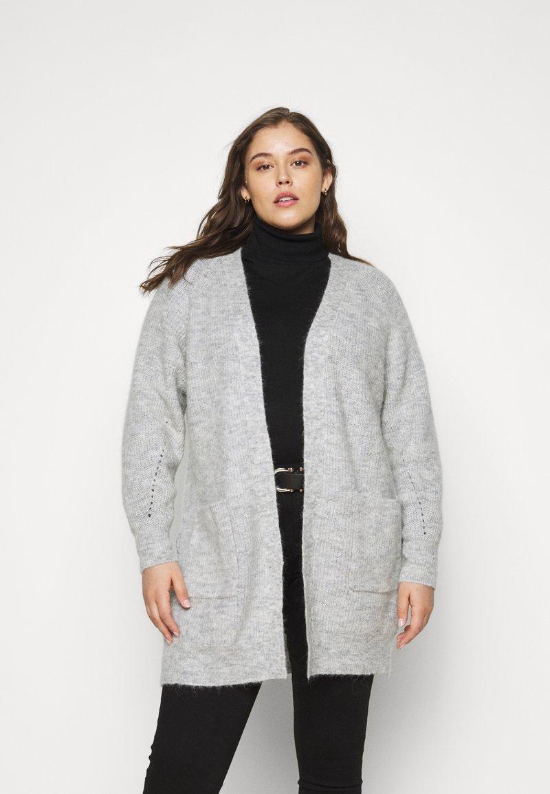 Selected Femme Curve - SLFLIA LONG CARDIGAN - Neuletakki - light grey melange