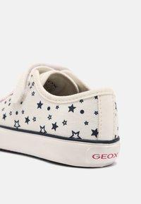 Geox - GISLI GIRL - Trainers - off white - 6