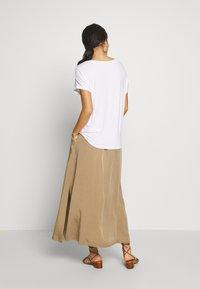 s.Oliver - KURZARM - Basic T-shirt - white - 2