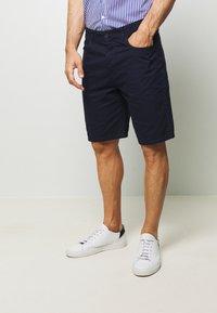 Benetton - BASIC CHINO - Shorts - dark blue - 0