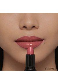 Bobbi Brown - LUXE LIP COLOR - Lipstick - desert rose - 5