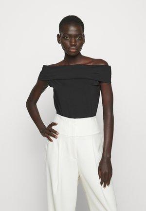 SABRYNNA DIVISION  - Print T-shirt - black