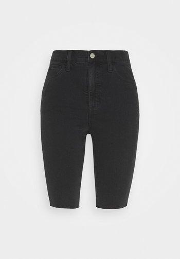 ROADTRIPPER BIKER - Shorts di jeans - lunar wash