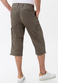 BRAX - STYLE LUCKY - Cargo trousers - khaki - 2