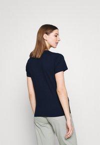 Hollister Co. - TECH CORE - Print T-shirt - navy blazer - 2