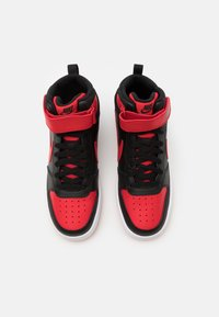 Nike Sportswear - COURT BOROUGH MID UNISEX - Vysoké tenisky - black/university red/white - 3