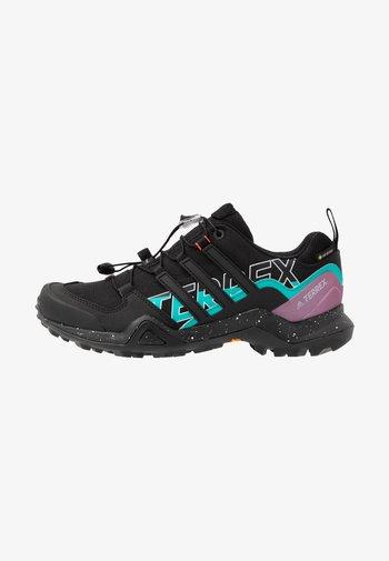 TERREX SWIFT R2 GTX - Hiking shoes - core black/purple tint