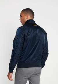 Alpha Industries - Bomber Jacket - repl. blue - 2