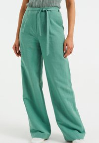 WE Fashion - Trousers - mint green - 0