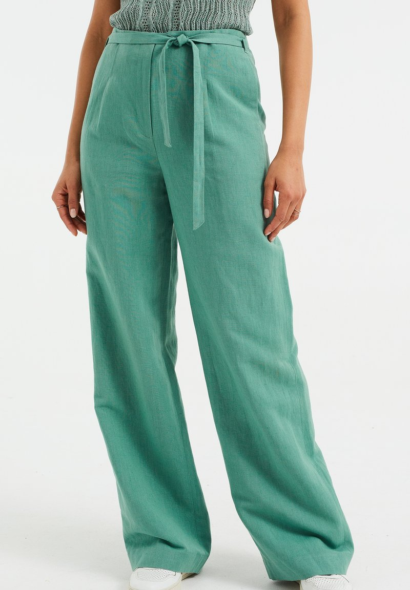 WE Fashion - Trousers - mint green