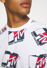 Tommy Jeans - ABO MTV TEE UNISEX - T-Shirt print - ivory - 5