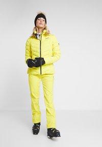 Ziener - TALMA LADY - Kurtka narciarska - yellow power - 1