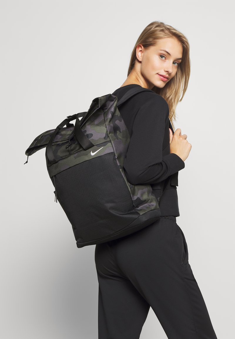 Nike Performance - RADIATE CAMO - Rucksack - /black/white