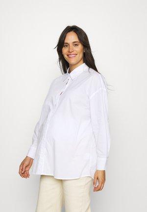 MATERNITY DAD SHIRT - Overhemdblouse - white
