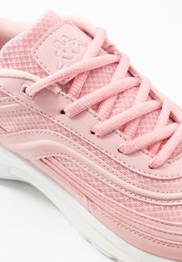 Kappa - SQUINCE - Sports shoes - rosé/white - 5