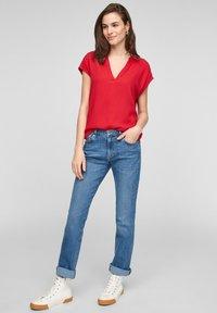 s.Oliver - KURZARM - T-shirt imprimé - red - 1