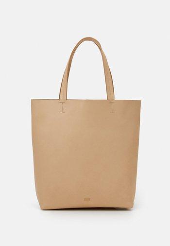 SONA - Tote bag - raffia