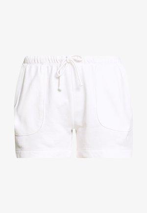 ATTACHED POCKETS - Shorts - dove white