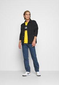 Levi's® - 502™ TAPER - Jeans straight leg - stonewash stretch t2 - 1