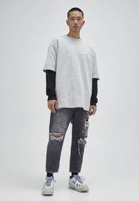 PULL&BEAR - Jeans baggy - mottled dark grey - 1