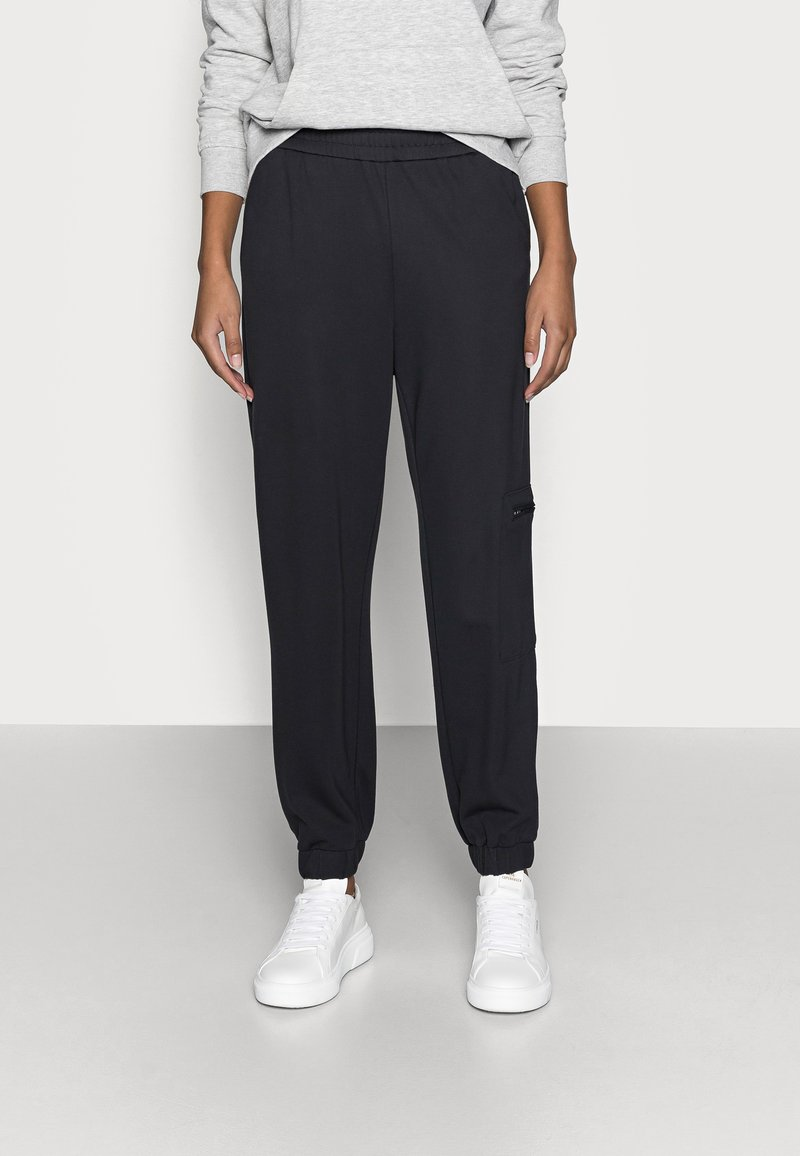 ONLY Petite - ONLPOPTRASH LIFE ZIP PANT - Tracksuit bottoms - blue graphite
