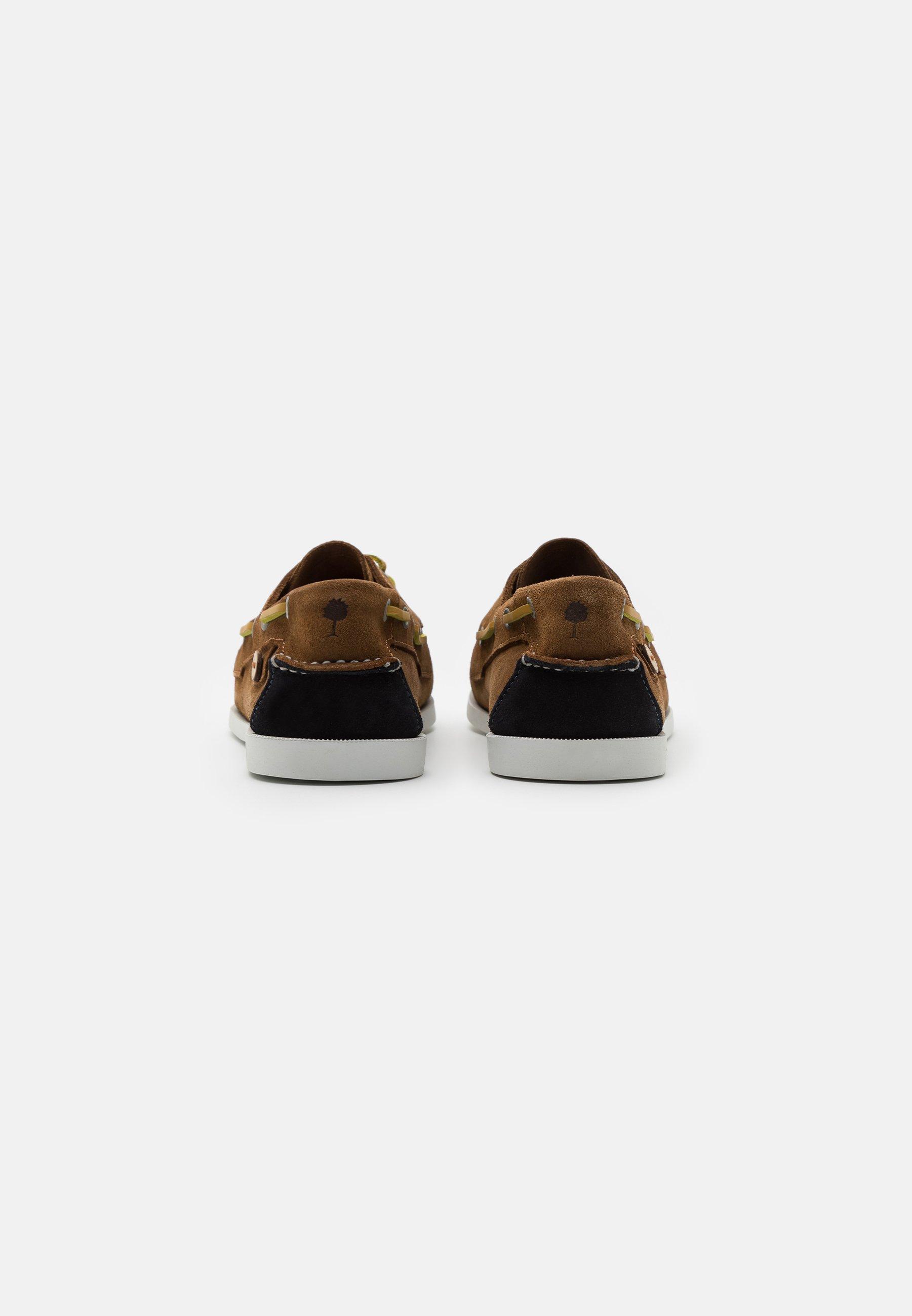 Men LARCH - Boat shoes