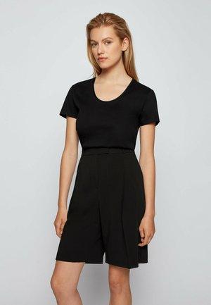 EGREATY - Basic T-shirt - black