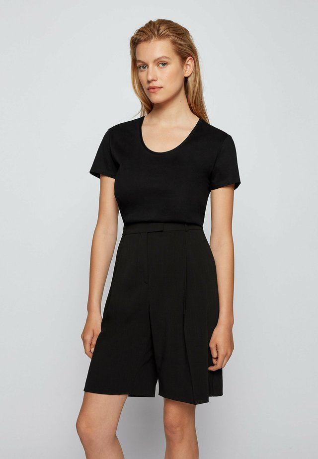 EGREATY - T-shirt basic - black