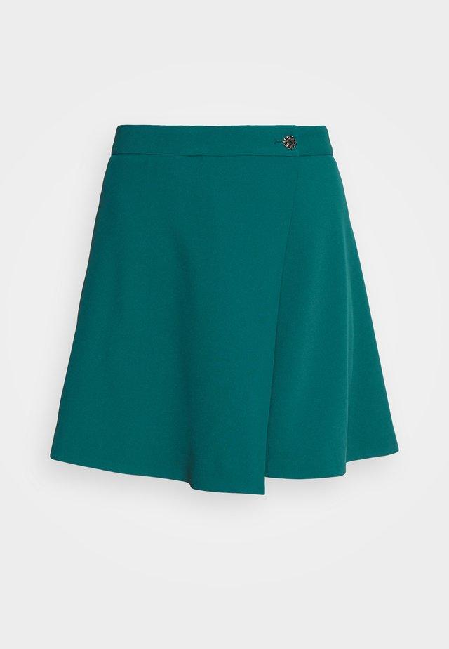 Shorts - duck blue