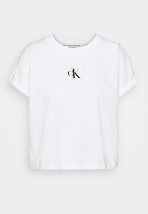 URBAN LOGO TEE - Camiseta estampada - bright white