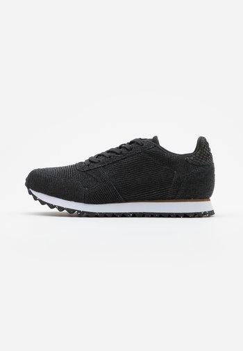 YDUN PEARL II - Sneakers - black