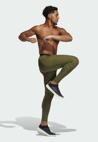 adidas Performance - TURF 3 BAR LT PRIMEGREEN TECHFIT WORKOUT COMPRESSION LEGGINGS - Leggings - green - 1
