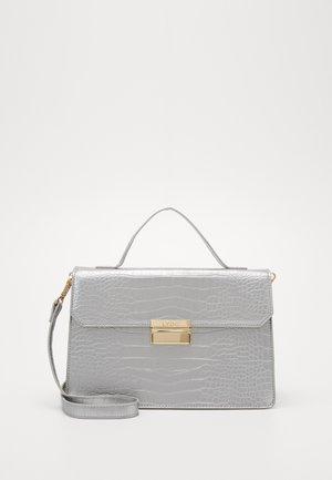 Handtasche - silver
