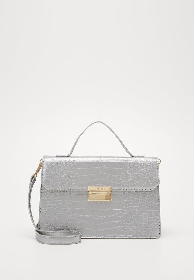 Torebka - silver