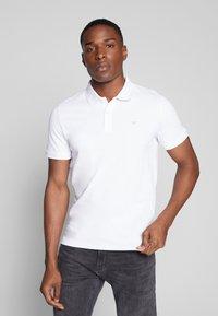 TOM TAILOR - BASIC - Polo shirt - white - 0