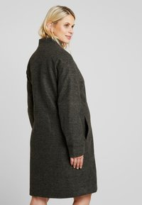 MAMALICIOUS - MLHAZE COAT - Płaszcz wełniany /Płaszcz klasyczny - dark grey melange - 2