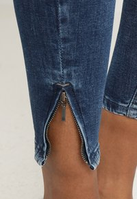 Noisy May - NMKIMMY ANKLE ZIP - Jeans Skinny Fit - medium blue denim - 6