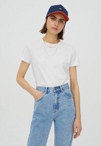PULL&BEAR - 2 PACK - T-shirt basic - white - 3