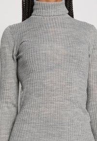 Selected Femme - SLFCOSTINA ROLLNECK - Jumper - light grey melange - 4