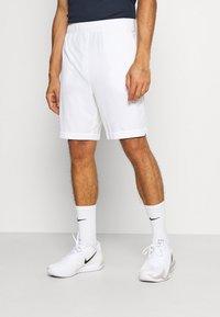 Lacoste Sport - TENNIS SHORT - Urheilushortsit - white/navy blue - 0
