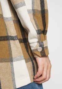 ONLY - ONLELLENE VALDA CHACKET - Summer jacket - bone brown/black - 3