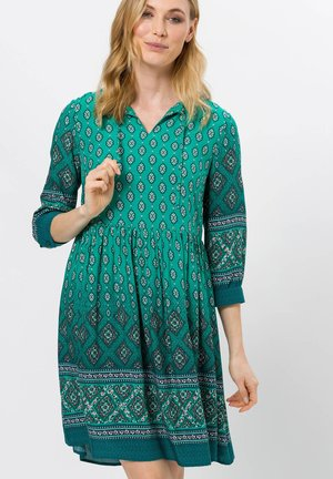 Day dress - emerald green