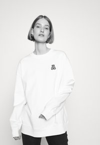 HUGO - DASHIMARA - Sweatshirt - white - 4