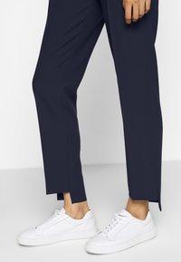 HUGO - HADARI - Kalhoty - open blue - 3