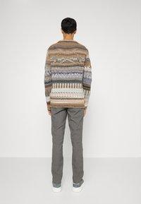 NN07 - MARCO - Trousers - grey - 2